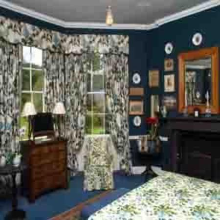 Glin Castle: GUEST ROOM 3