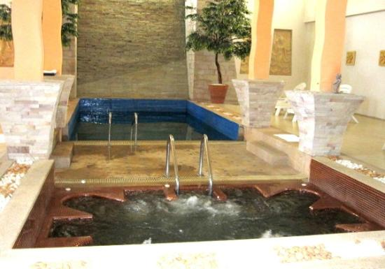 Bangkok Natural Spa & Resort: the facillities of cold pool n warm jacuzzi