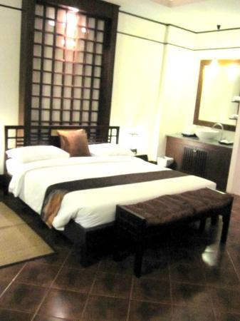 Bangkok Natural Spa & Resort : the bed