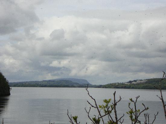 The Lough Gill Drive: Cloudy setting