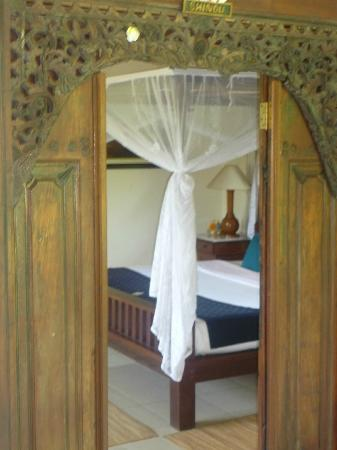 Alam Shanti: Shindu room