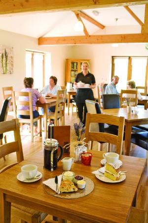 Cedarbarn Farm Shop and Cafe: Cedarbarn Farm Shop & Award Winning Cafe