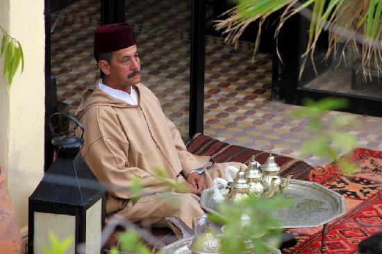 Hotel Sherazade: Aziz