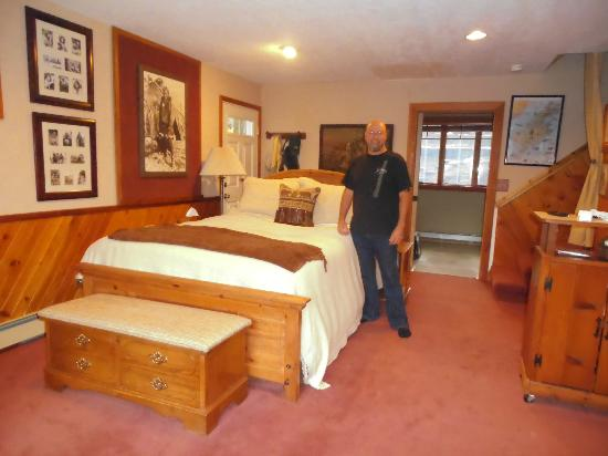 A Channel View B&B: Looking into our room