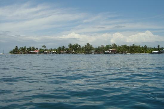 Hotel Tierra Verde: View of Carenero Island approaching Tierra Verde