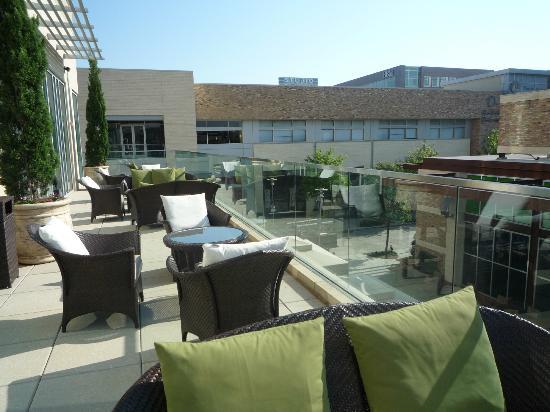 هوتل سوريلا سيتي سنتر: Terrace