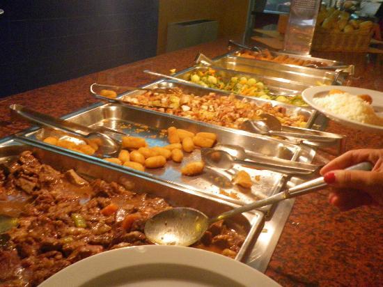 Xaine Park Hotel: warmes Buffet