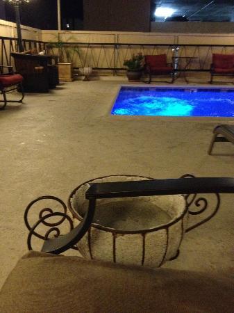 Hotel San Carlos : Large ashtray by pool