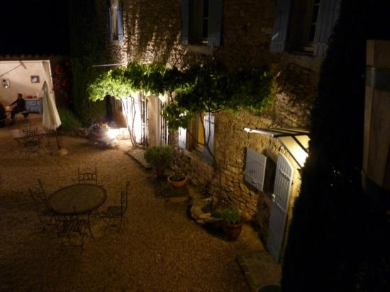 La Burliere Guest House : The courtyard in the evening
