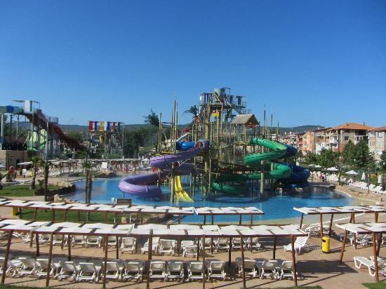 Aqua Nevis Clubhotel: Childrens section aqua park