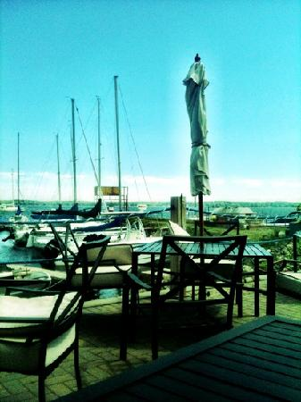 Harbourview Marina & Cafe: The View