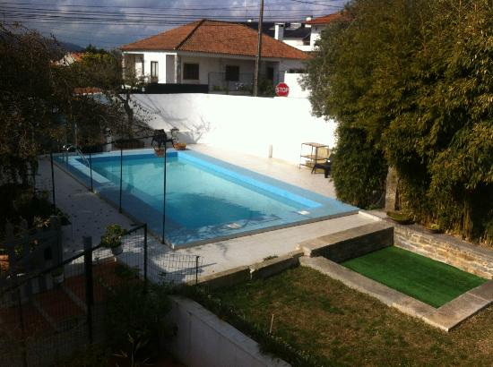 Quinta dos Malmequeres: Uitzicht op het zwembad