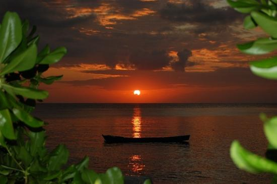 Wakatobi Dive Resort: One of the many Sunsets seen