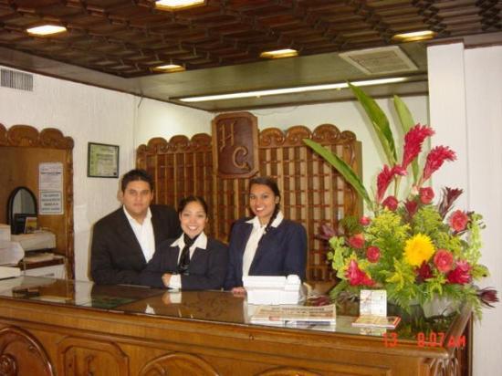 Hotel El Conquistador : Front Desk