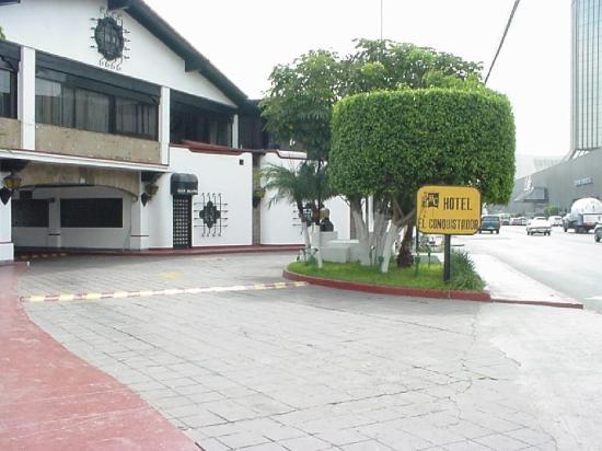 Hotel El Conquistador: Exterior