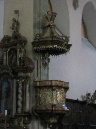 Church of St. Bartholomew: pulpit