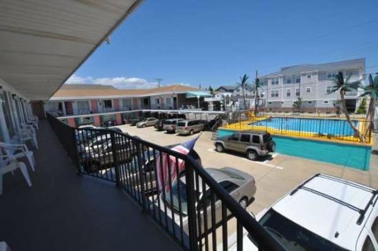 Surf Comber Motel: View