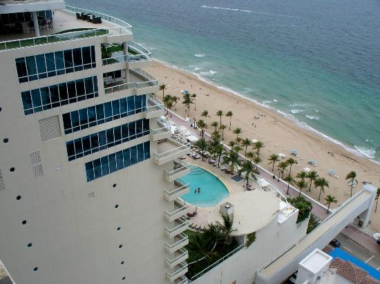 Marriott S Beachplace Towers View Of Ritz Carlton Next Door