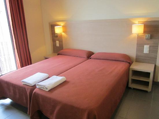 Residencia Erasmus Gracia: Beds