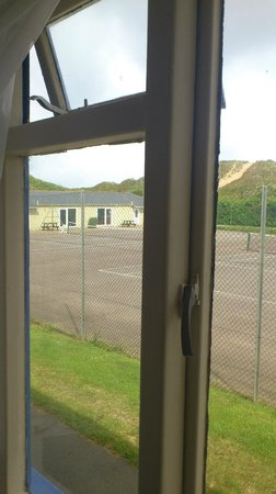 Unison Croyde Bay Holiday Resort: Crittle windows