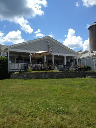 Avon Country Deli: lovely on a summer day