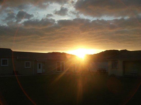 كرويد باي هوليداي ريزورت: Sunset
