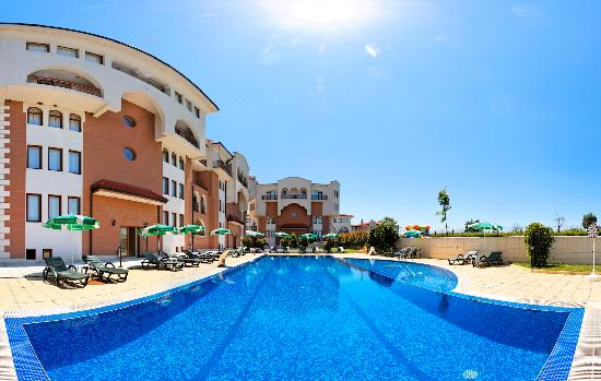 Apart hotel sunrise club updated 2017 reviews price for Corse appart hotel