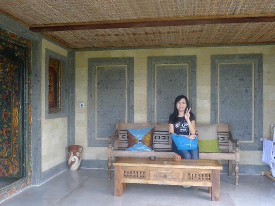 Subak Tabola Villa: balinese doors
