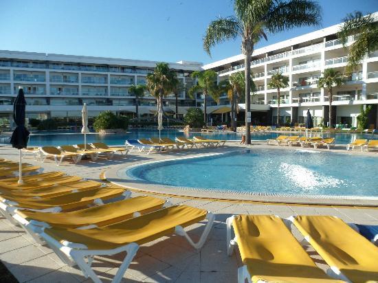 Holiday Village Algarve Balaia: hotel & one of the large pools
