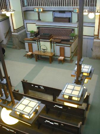 Frank Lloyd Wright's Unity Temple: Inside view