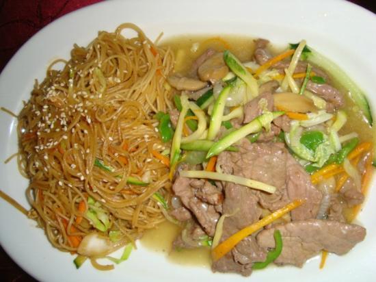 Far East: bami varkensvlees