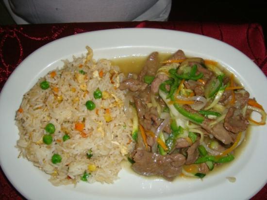 Far East: nasi varkensvlees