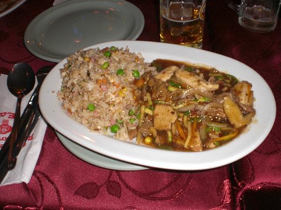 Far East: nasi kip