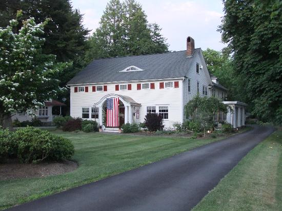 Warwick Valley Bed and Breakfast: Perfect country setting!
