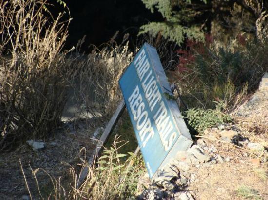 The Fair Light Trails Accommodation: Fairlight trails