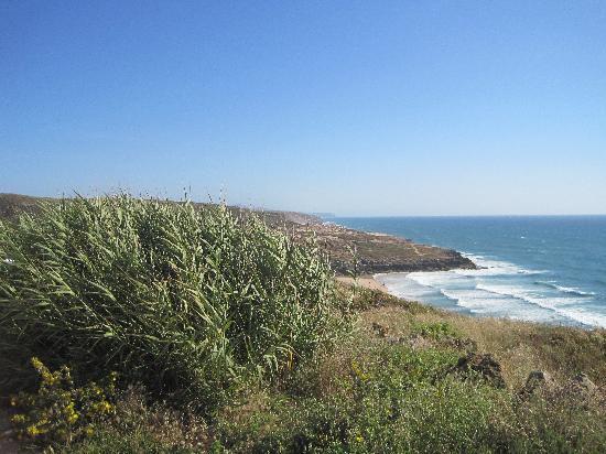 Restaurante Esplanada Furnas: Coastal view nearby