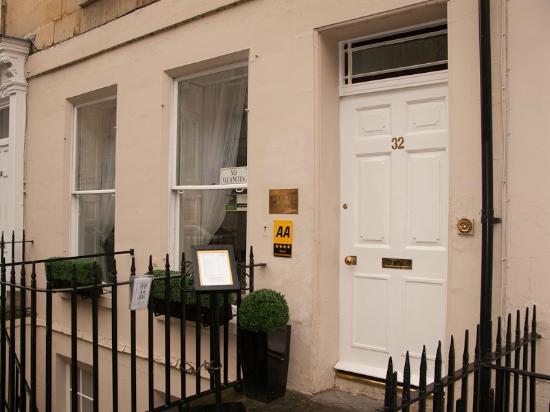 Brocks Guest House: Front door