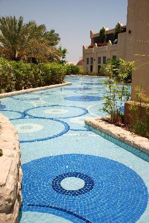 Shangri-La Hotel, Qaryat Al Beri, Abu Dhabi: The Hotel Grounds