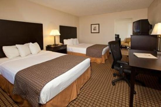 International Palms Resort & Conference Center Cocoa Beach: Double Renovated