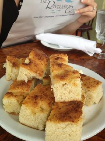 The Riverside Grille: house bread