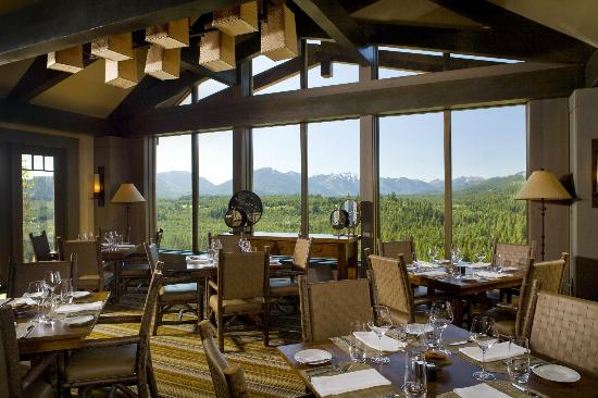 Portals Restaurant at Suncadia Resort: Portals View