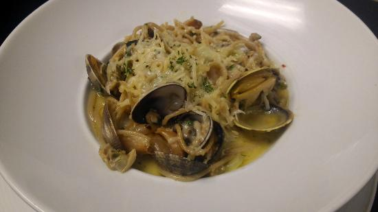 Portals Restaurant at Suncadia Resort: Clam Pasta