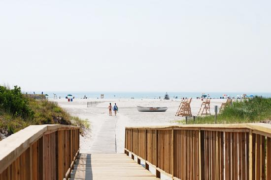 Shalimar Resort Motel: Wildwood Crest's beautiful beach - just steps from the Shalimar