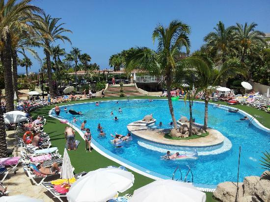 Hotel CAIRNS  Pullman Reef Hotel Casino