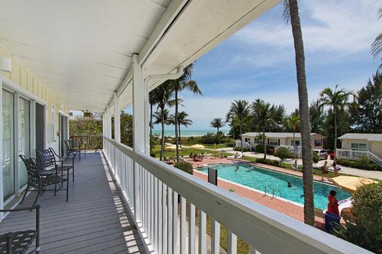 Seaside Inn: Seaside Guest Balcony Pool - VHT - 05/12