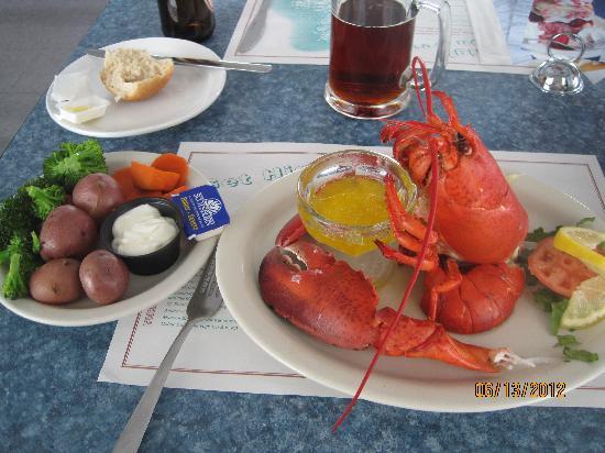 Lobster Kettle Restaurant: yummy lobster dinner