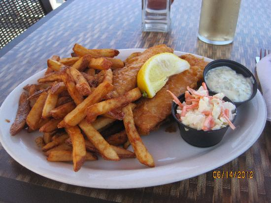 Lobster Kettle Restaurant: fish and chips