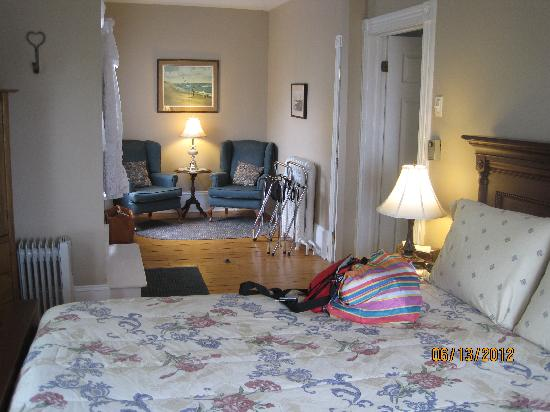 Louisbourg, Canada: room at the Inn