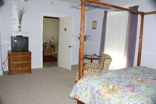 Francie's Inn: Room
