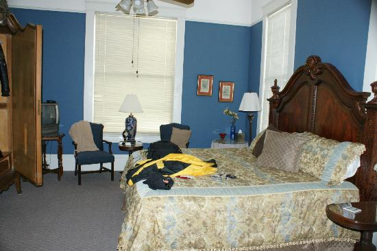 Meridian, MS: Room